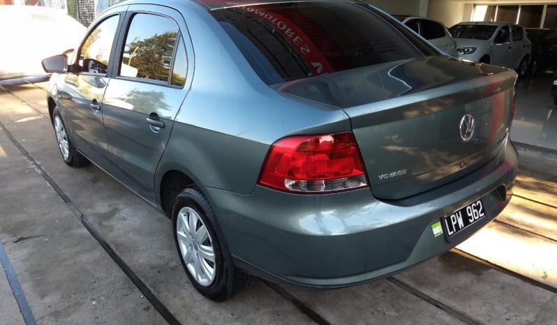Volkswagen Voyage 1.6 Confortline Modelo 2012 80000 km gris completo