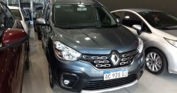 Renault Kangoo Stepway 1.5 DCI Modelo 2018 31000 km Color Gris
