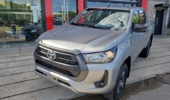 Toyota Hilux 2.8 4×4 SR M/T 0 km Modelo 2021 Entrega Inmediata Color gris completo